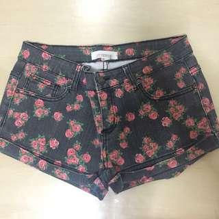REPRICED! FOREVER 21   Floral Denim Shorts