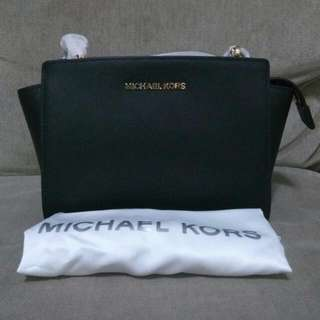 REPRICE! Murah Banget.. Michael Kors Selma Medium MESSENGER Authentic