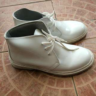 Sepatu Putih PDH