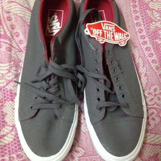 """Authentic Vans (Gray) - No Box Due To """"Space"""" In Balikbayan Box"""
