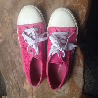 Airwalk Pink Converse Look Alike