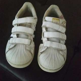 Use Adidas Boy Size 3