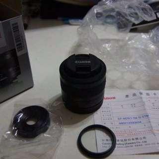 canon EFM 28mm f/3.5 Macro IS STM(買錯鏡頭)已拆封極新品