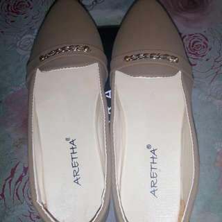 Sepatu Flat Ukuran 41 Aretha