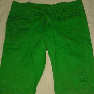 Green Shorts/pedal