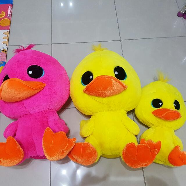 3x Soft Toy Ducks