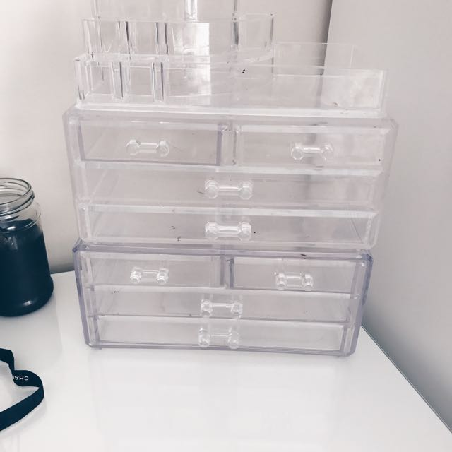Acrylic Makeup Containers