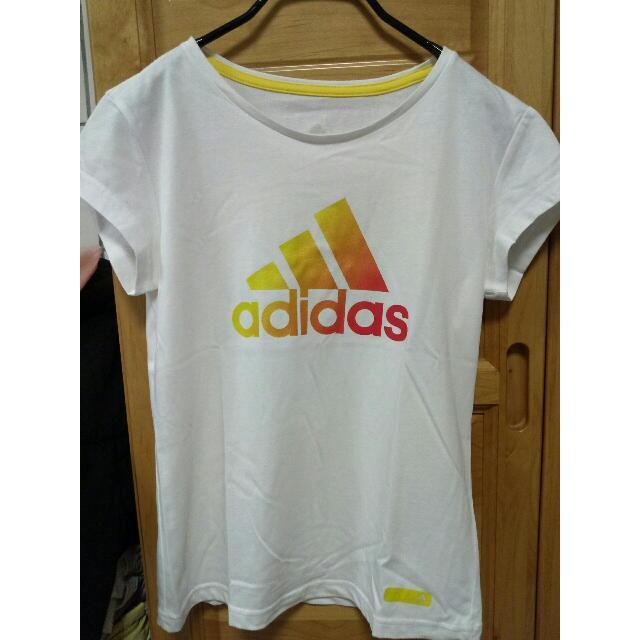 日本購入Adidas 運動白T