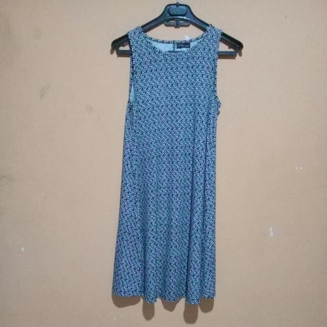 Alfinsa Dress