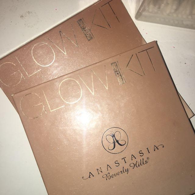 Anastasia Beverly Hills - THAT GLOW kit