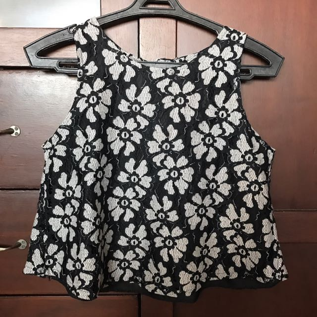 Black And White Floral Sleeveless Crop Top