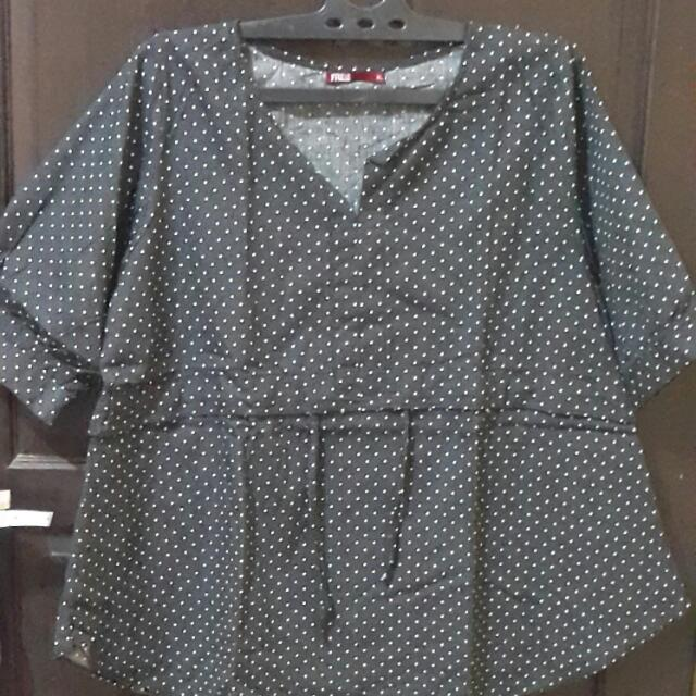 Black Blouse  (XL)