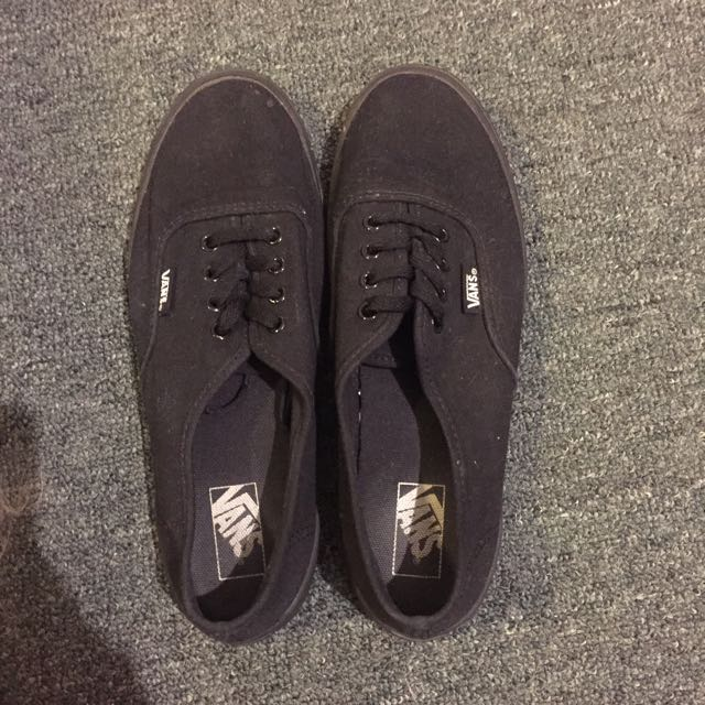 Black Vans Size 8