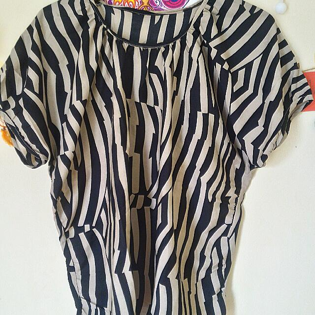 Blouse Zebra Stripes