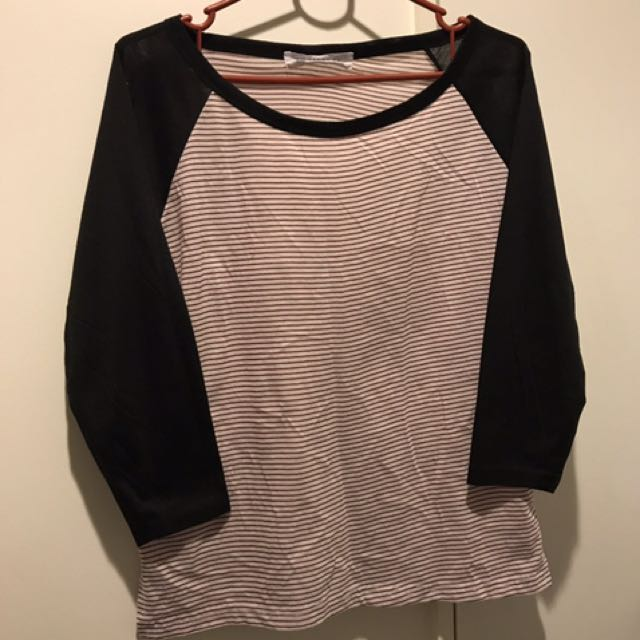 Crop Sleeve T-shirt