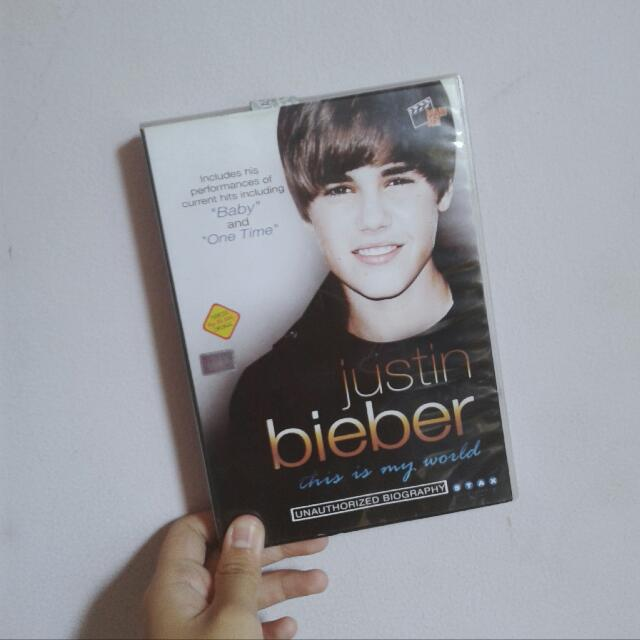 "[DVD] Justin Bieber ""This Is My World"""