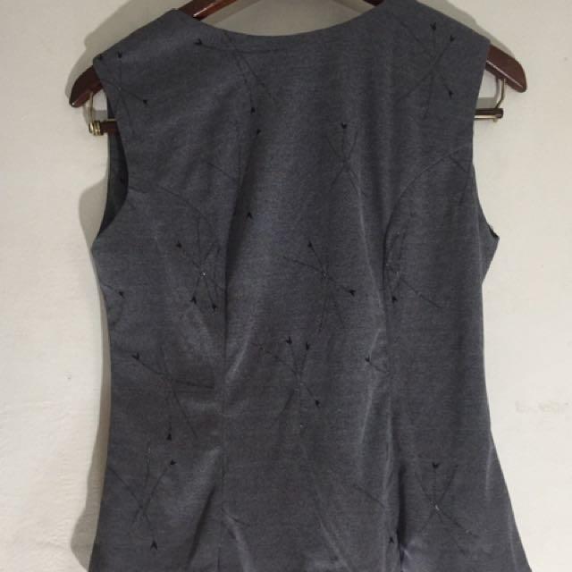 Grey Sleveless Top