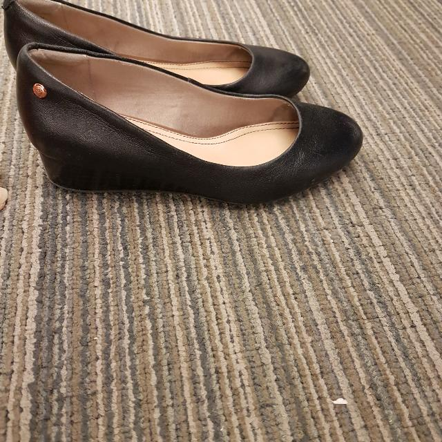 Hush Puppies Wedges Size 5.5