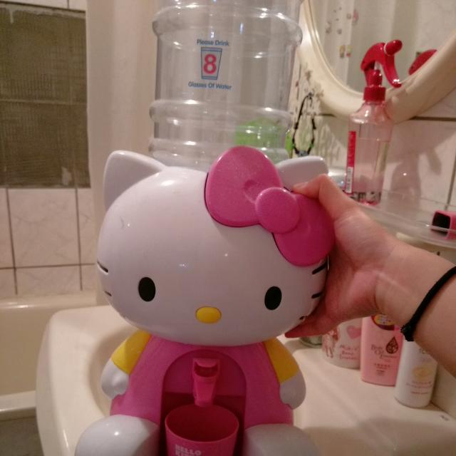 Kitty小小飲水機