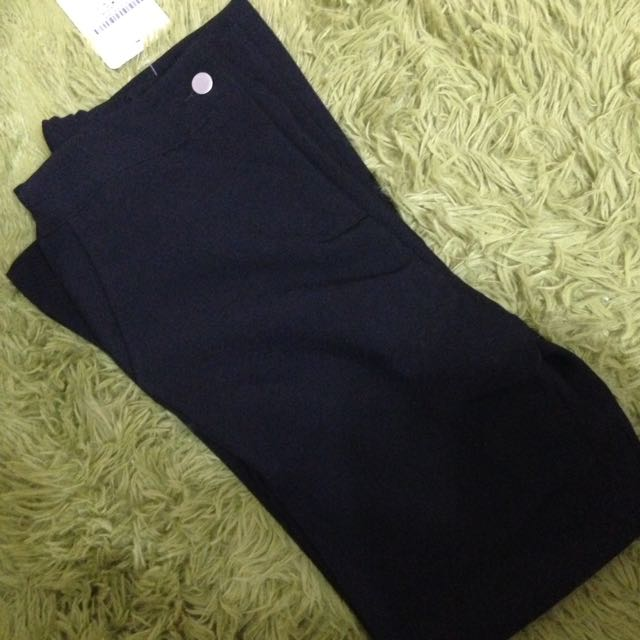 Lulusㄉ黑色 喇叭 長褲