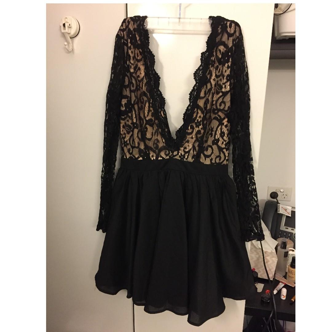 Missguided Deep V Black Sleeve Dress