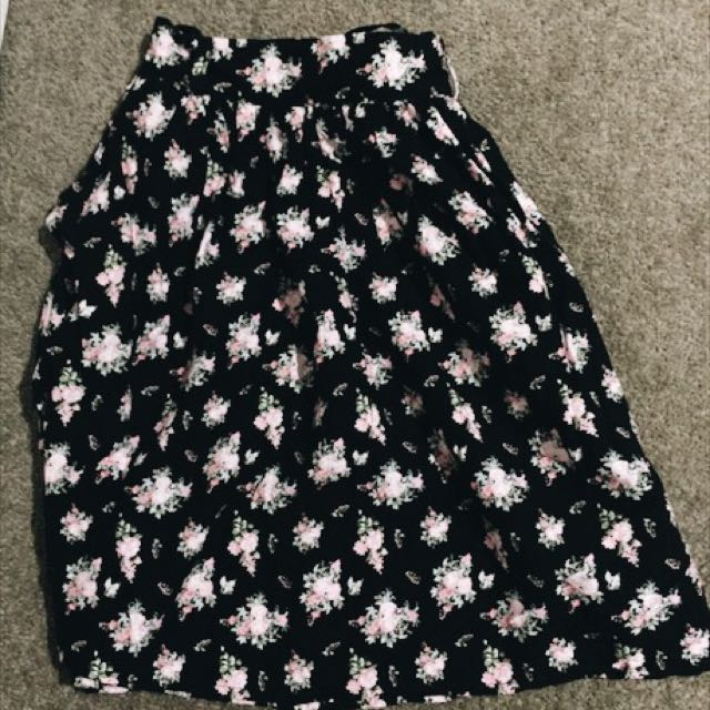 Never Been Worn Floral  Mini Skirt