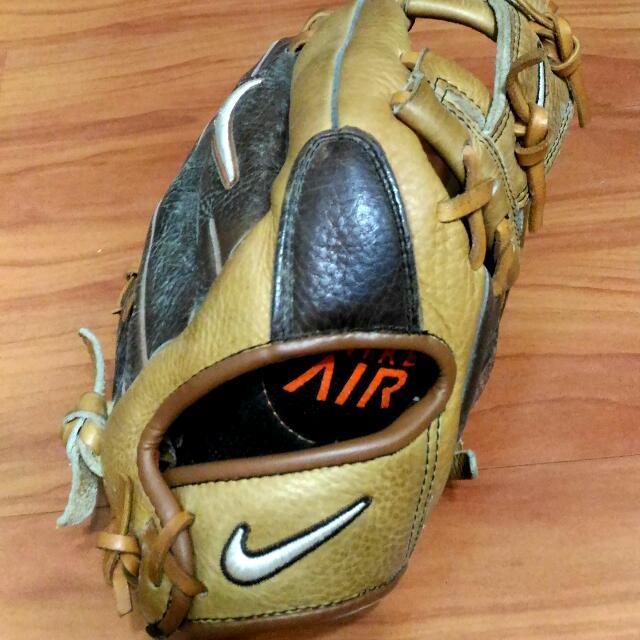 Nike 棒球手套