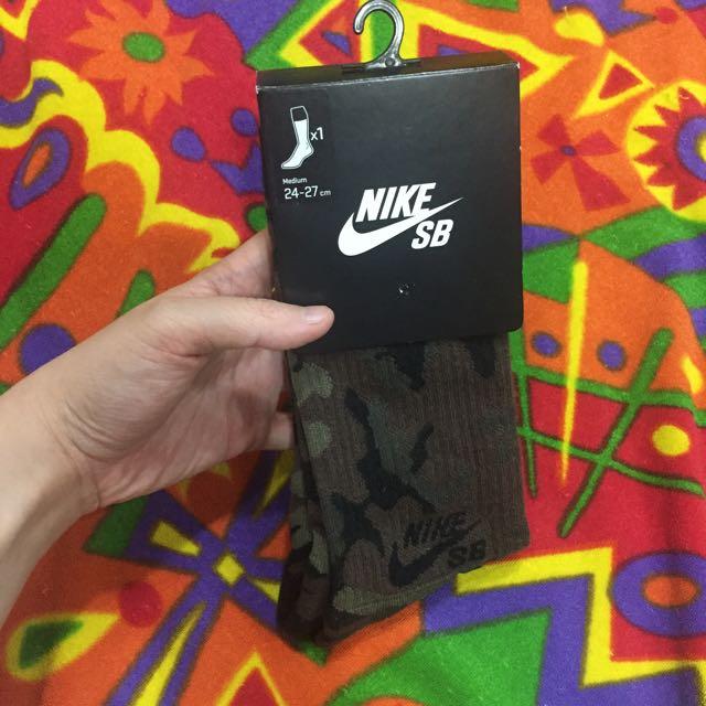 全新🔹Nike SB迷彩長筒襪