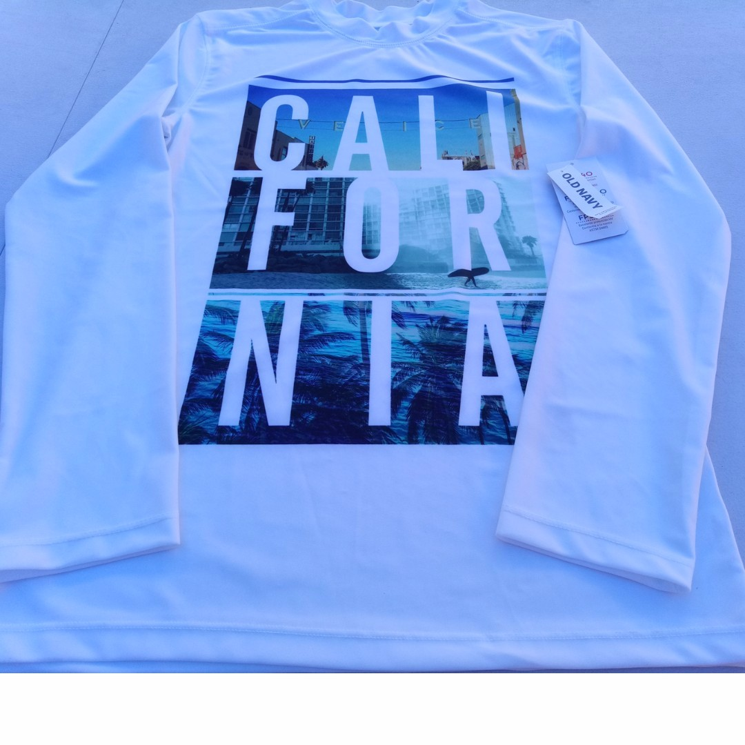 "Old Navy ""California"" Graphic Rashguard for Boys"