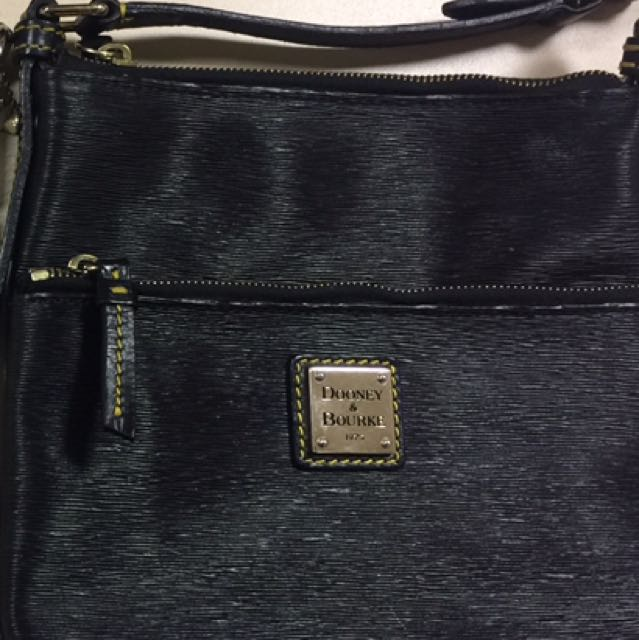 Pre-loved Authentic Doonie and Burke Long Strap Bag