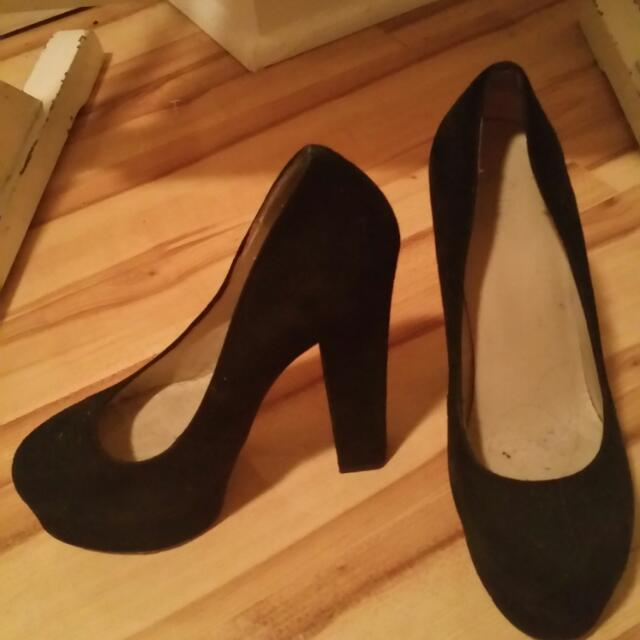 Size 37, Wittner Suede Wedges
