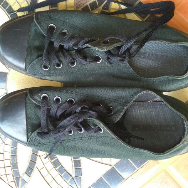 Ori & Authentic Sneakers Converse - Hitam