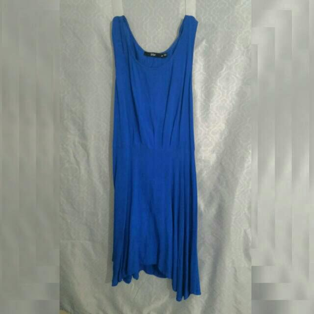 Sporstgirl Dress Size 10 Cut-out Back
