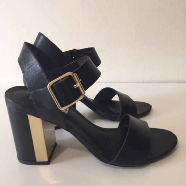 Steeve Madden High Heel Sandals (black 7)