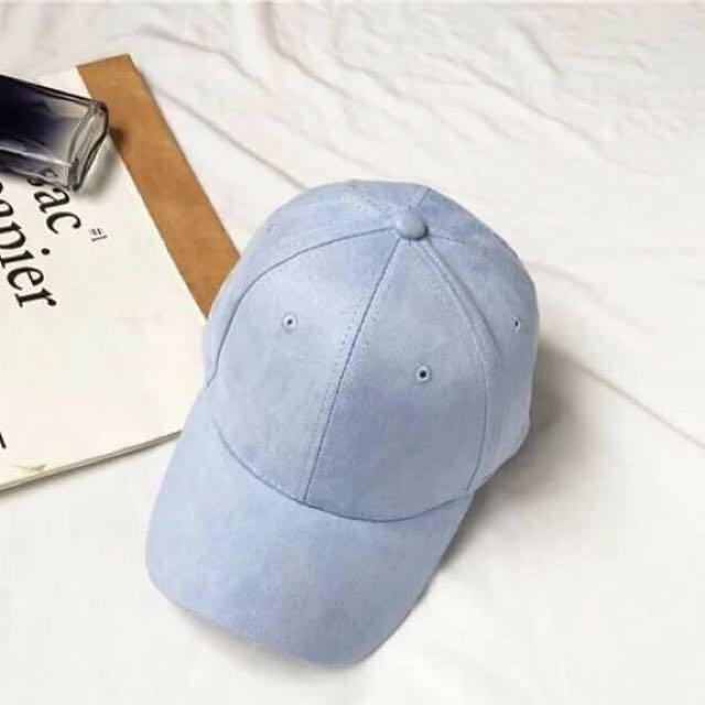 SUEDE CAPS 😍