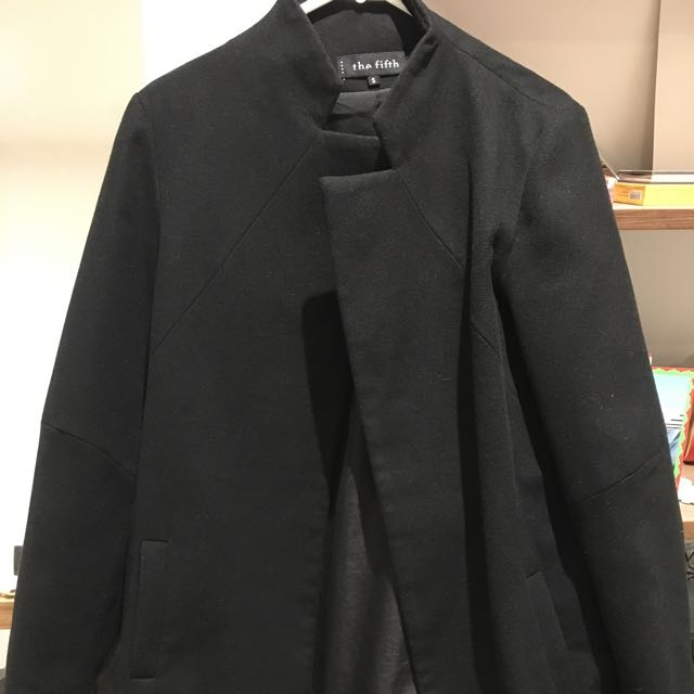 The fifth Coat