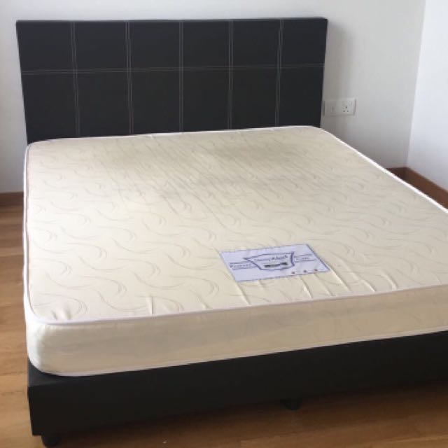 more photos 894d3 797c2 Used Queen Size Bed Frame And Mattress
