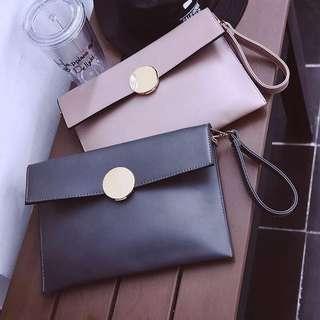 全新灰色。新款手拿包