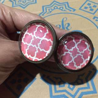 Modern Vintage Style Cabinet & Drawer Handle Knob With Screws Red Pattern