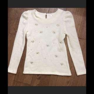 米白毛衣冷衫