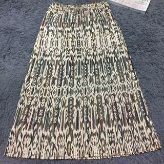 Midi Skirt (No Brand)