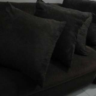Couch Used Less Than A Year Color Brown With 5 Pillows
