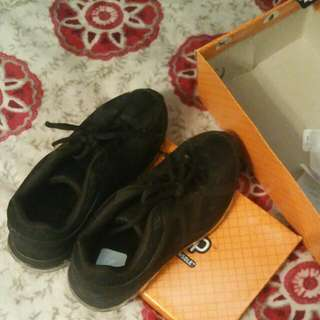 Safety Non Slip Shoes Size 7