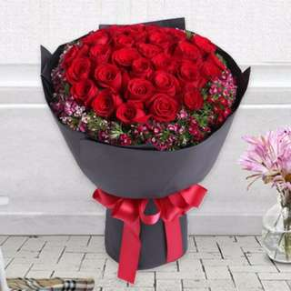 30 red roses with sweet william plant - Fuwila