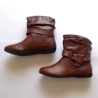Leather Boots Flat ~ Trendy & Comfy #PRECNY60