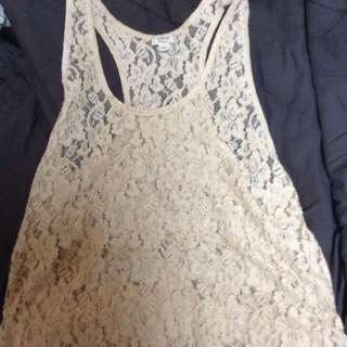 PRICE DROP **Aritzia Wilfred Lace Tank