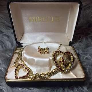 'Mirelle' Golden Jewelry Set