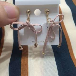 eva eva 粉色麂皮 夾式耳環