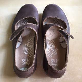 Clarks Brown Mary Jane Shoes