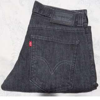 Authentic Brand new Levi's Slim Skinny black jeans pants
